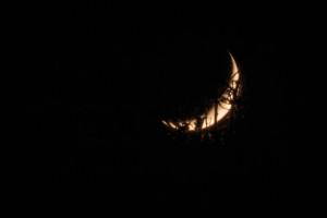 moon-16